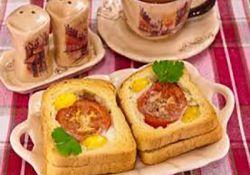 صبحانه با نان تست